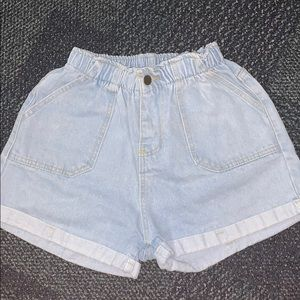 mom styled jean shorts